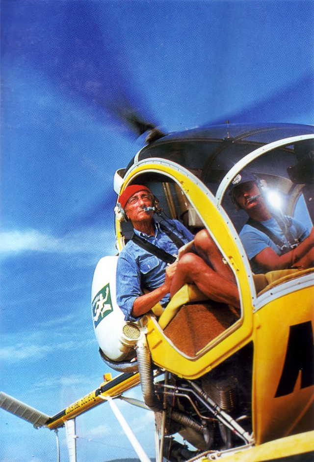 Jacques-Cousteau-Calypso-Helicopter