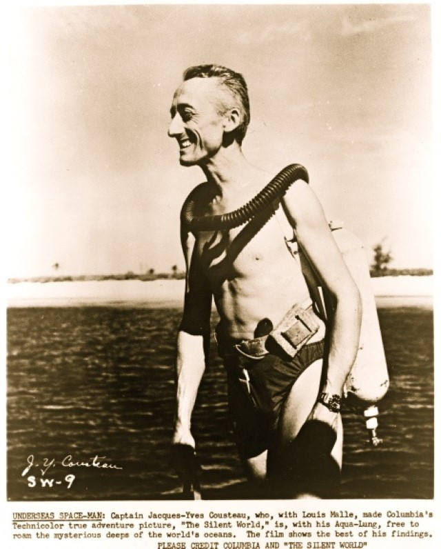 Jacques-Cousteau-in-diving-gear Il Capitano Jacques Cousteau: 30 immagini per ricordarlo
